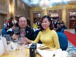 GS. Hà Tôn Vinh bất ngờ trước vẻ đẹp Á Đông của Hoa hậu Áo dài Võ Thị Thu Sương