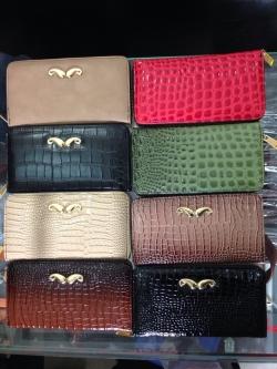 Xưởng may chuyên sỉ ví nữ thời trang, hiện đại, chất lượng nhất tại TPHCM chỉ với 45k