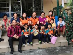 Báo online Thế Giới Điện Ảnh đưa tin về Founder Hệ thống BaloTuiXach: Trường Thịnh cùng các nhà hảo tâm đi làm thiện nguyện