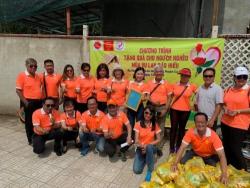 Chương trình tặng quà cho người nghèo mùa Vu Lan báo hiếu
