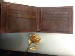 Nhận gia công các loại ví da giá rẻ nhất tại HCM