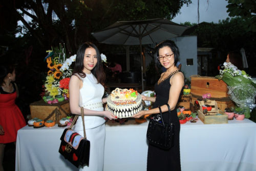 Chị Sương tại buổi tiệc sinh nhật đối tác của Balo Túi Xách 1