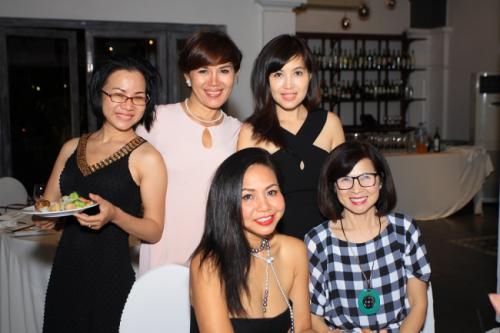 Chị Sương tại buổi tiệc sinh nhật đối tác của Balo Túi Xách 5