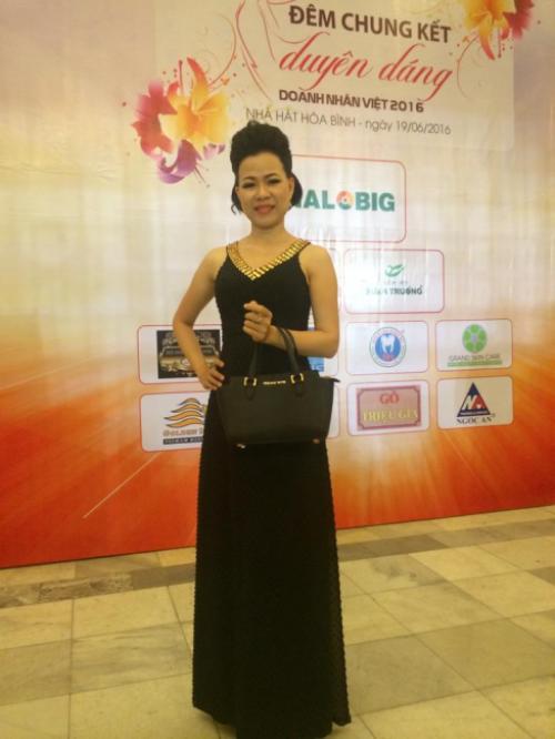 Doanh nhân Võ Thị Thu Sương tại đêm chung kết Duyên dáng Doanh nhân Việt 2016