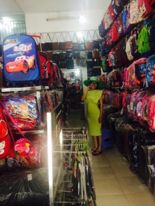 Giám đốc Thu Sương tại chuyến khảo sát thị trường Hà Nội 3