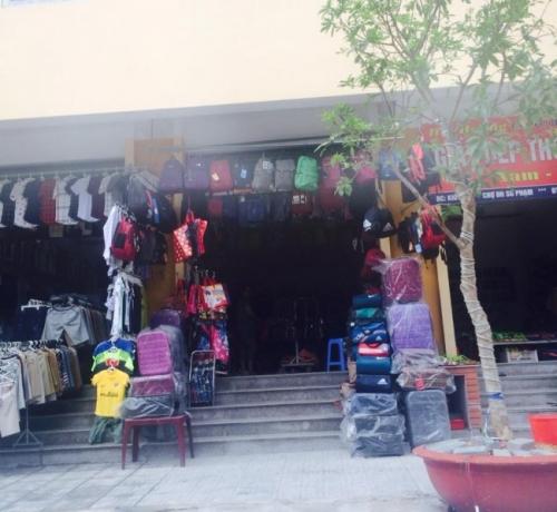 Giám đốc Thu Sương tại chuyến khảo sát thị trường Hà Nội 5