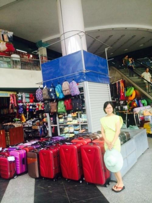 Giám đốc Thu Sương tại chuyến khảo sát thị trường Hà Nội 9