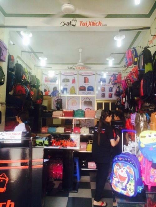 Cửa hàng trưng bày mẫu, bán sỉ, lẻ hàng Balo Túi Xách