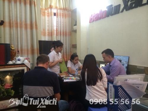 Xuất khẩu hàng đi nước ngoài số lượng lớn, 216, Nguyễn Long, Balo túi xách, 06/08/2019 13:26:38