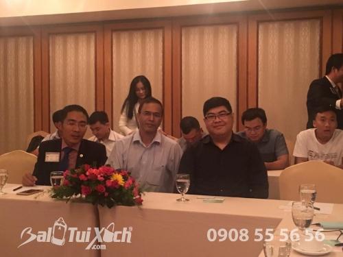 Hợp tác cùng trưởng phòng kinh doanh quốc tế người nước ngoài cuả balotuixach.vn, 335, Lâm Thị Hằng, Balo túi xách, 31/07/2017 00:22:13