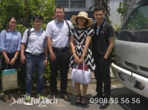 Buổi làm việc và tham quan cửa hàng của công ty TNHH ba lô, túi xách với đại diện Nhật Bản