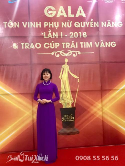 Đêm Gala Tôn vinh Phụ nữ quyền năng lần I - 2018 & Trao cúp Trái Tim Vàng cùng giám đốc Ba Lô Túi Xách - Võ Thị Thu Sương