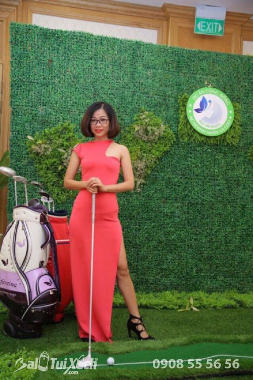 Giám đốc hệ thống sản xuất BaLoTuiXach.com trở thành Đại sứ Golf - Nữ doanh nhân và Golf 1