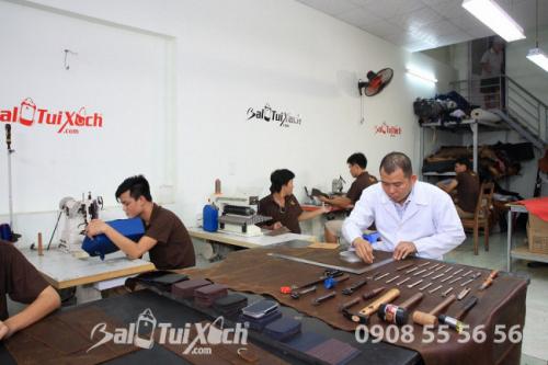 Sản phẩm dây nịt da bò thật 100% được lên mẫu thiết kế, thợ da lành nghề trực tiếp sản xuất