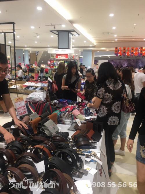 Sản phẩm da Vutin: dây nịt, ví, túi xách, ví cầm tay, túi đeo chéo nhận được sự đón nhận từ khách hàng