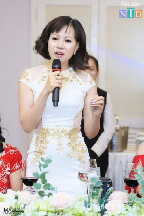 Nữ doanh nhân chia sẻ tại sự kiện
