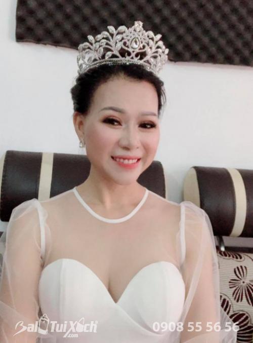 Doanh nhân Võ Thị Thu Sương - Chủ tịch hội đồng quản trị Balo Group, Founder Hệ thống BaloTuiXach tham gia cuộc thi Hoa hậu Doanh nhân Thế Giới 2019 tại Úc