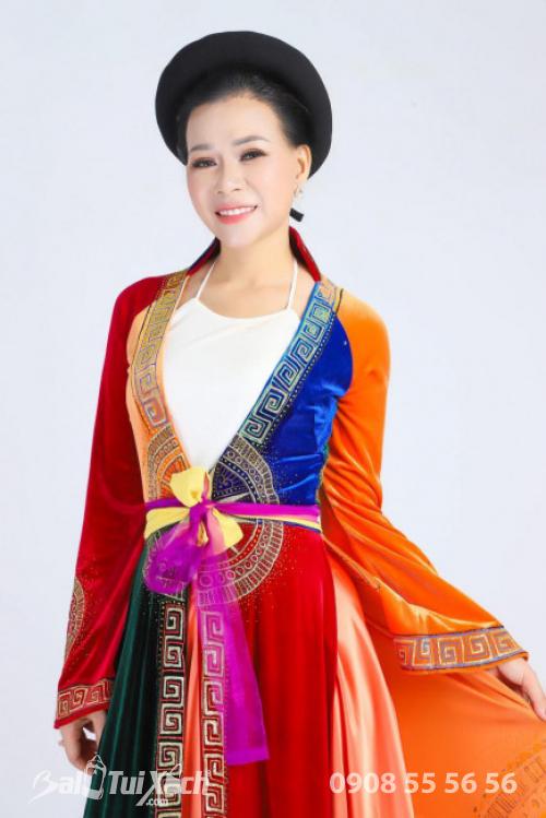 Nữ doanh nhân Thu Sương (4)