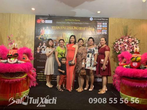 Tập thể BaloTuiXach ủng hộ chương trình Xuân Yêu Thương nhằm ủng hộ 500 phần quà cho bà con nghèo (2)