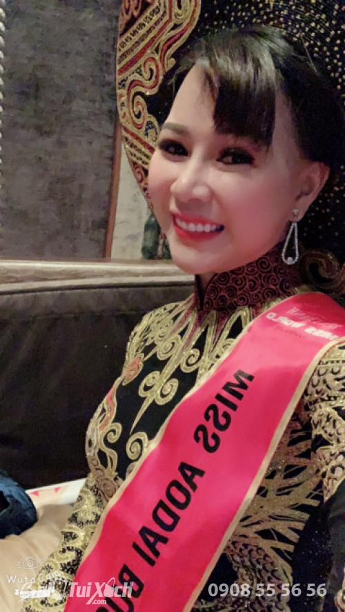 Hoa hậu Áo dài Doanh nhân Thế giới 2019 - Nữ doanh nhân Võ Thị Thu Sương.