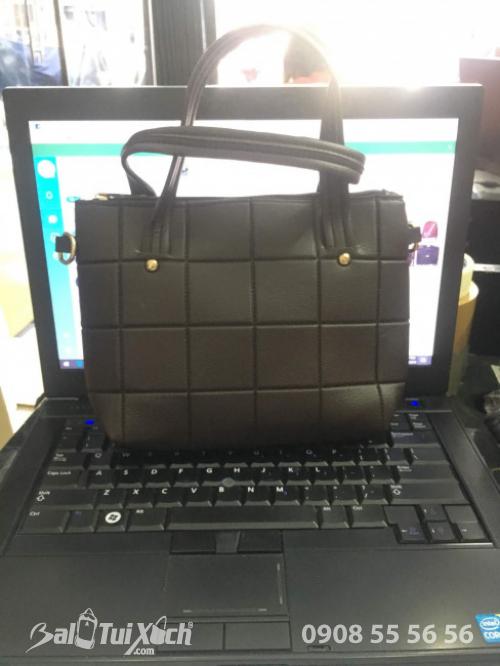 Túi xách nữ kẻ ô vuông - Đại lý túi xách nữ TPHCM