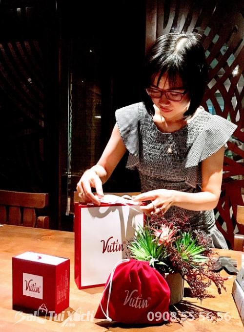 Nữ doanh nhân Thu Sương bên dòng sản phẩm gia công da cao cấp thực hiện bởi BaloTuiXach