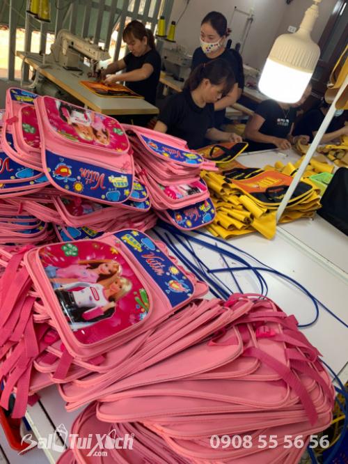 Xưởng sản xuất cặp học sinh từ thiện BaloTuiXach