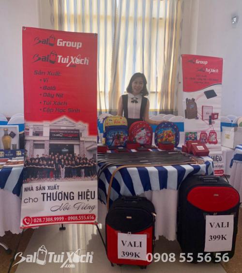 Gian hàng tham gia hội chợ từ Hệ thống BaloTuiXach