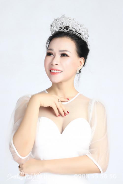 Doanh nhân Thu Sương - Hoa hậu Doanh nhân Áo dài 2019 (2)