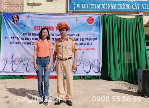 Công ty B&A Việt Nam trao tặng học bổng cho các em học sinh trường THCS Quảng Hoà, huyện Đắk Glong, tỉnh Đắk Nông (3)