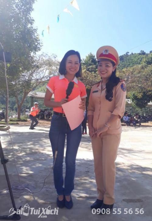 Công ty B&A Việt Nam trao tặng học bổng cho các em học sinh trường THCS Quảng Hoà, huyện Đắk Glong, tỉnh Đắk Nông (4)