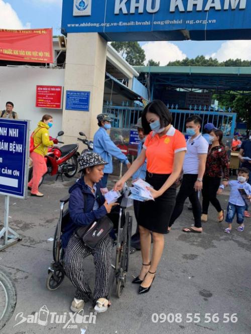 ATM khẩu trang - phát 10.000 khẩu trang miễn phí cho các bệnh nhân tại bệnh viện Nhi đồng 1 - Ảnh: 19