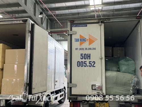 BaloTuiXach giao hàng từ thiện cho khách đi miền Trung, 604, Huyền Nguyễn, Balo túi xách, 19/11/2020 11:41:45
