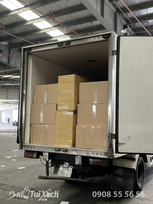 BaloTuiXach giao hàng từ thiện cho khách đi miền Trung  - Ảnh: 6