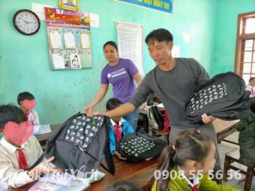 Sản xuất balo học sinh cho tổ chức thiện nguyện, từ thiện, hiệp hội học sinh, phụ huynh các trường mầm non, tiểu học quốc tế  - Ảnh: 1
