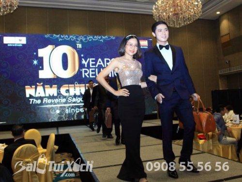 BaloTuiXach trình diễn sản phẩm da cao cấp quà tặng doanh nhân - Thương hiệu Vutin tại khách sạn 6 sao The Reverie Saigon, 438, Huyền Nguyễn, Balo túi xách, 11/10/2018 14:45:04